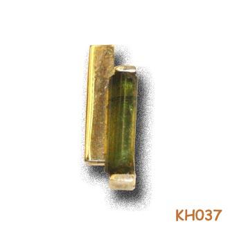 Kleintje…Fijntje…Een hanger van goud met Giga uitstraling. KH037