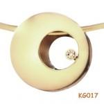 Geel en witgouden hanger met 0.15 ct diamant.