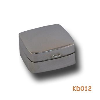 Zilveren doosje KD012