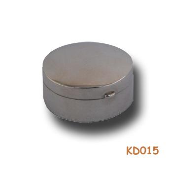 Zilveren doosje rond KD015