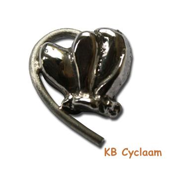 Zilveren hanger Cyclaam.