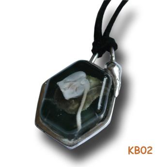 Zilveren hanger met Cyclaam KB02