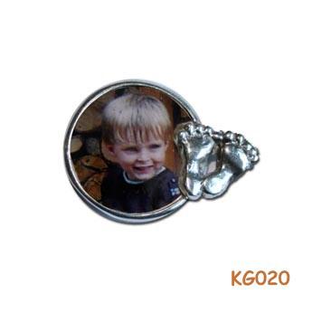 Zilveren hanger met foto en voetjes KG020